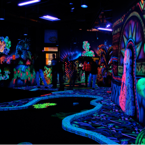 Berlin Black-Light Golf