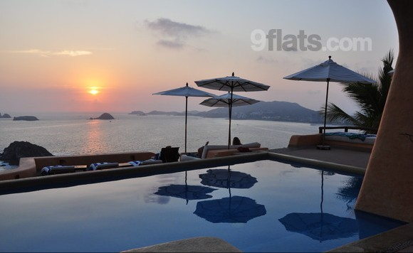 180 degree Views of Ixtapa's bay and Isles